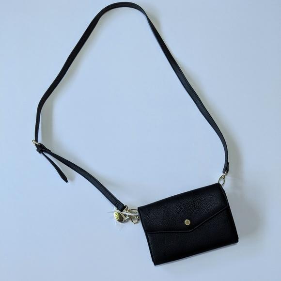 de7627e65 Steve Madden Bags | Black Vegan Leather Crossbody Purse | Poshmark